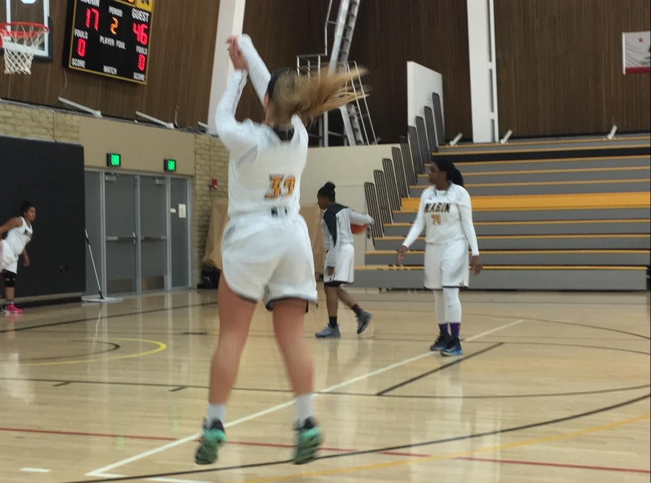 Women's Basketball Drops Home Game To Los Medanos 76-50