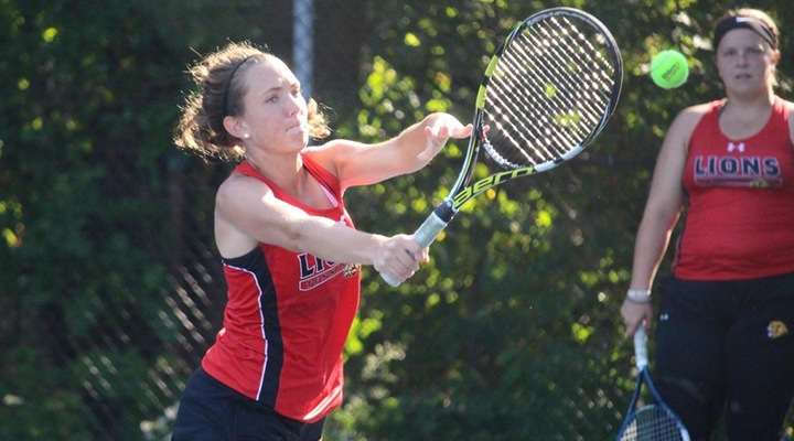 Women's Tennis Drops 6-3 Decision to Roger Williams Monday