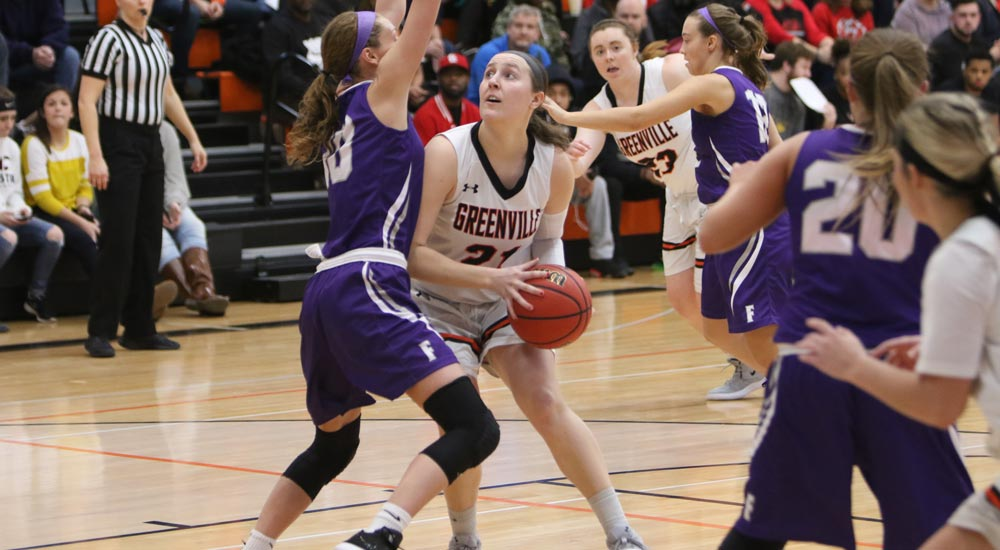 Women's basketball handles MacMurray to take 17th win