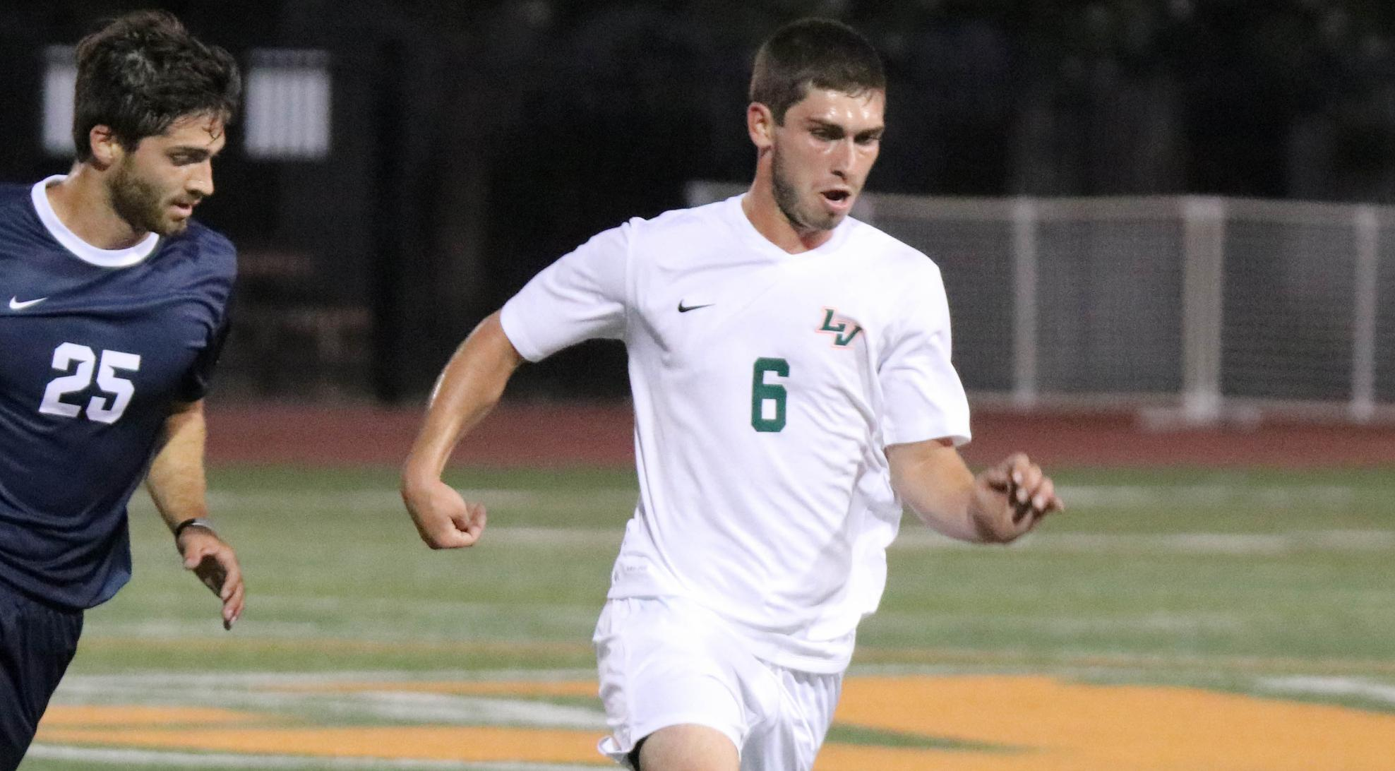 Men's Soccer battles Chapman to draw