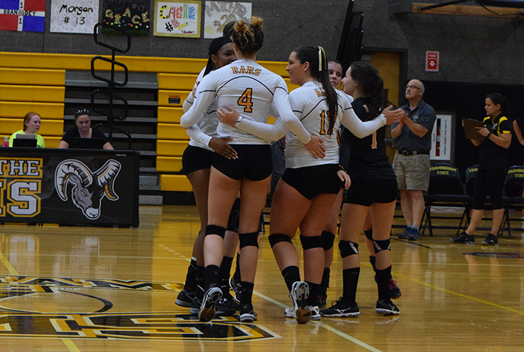 Volleyball Defeats Mass. Maritime 3-0 in MASCAC Action