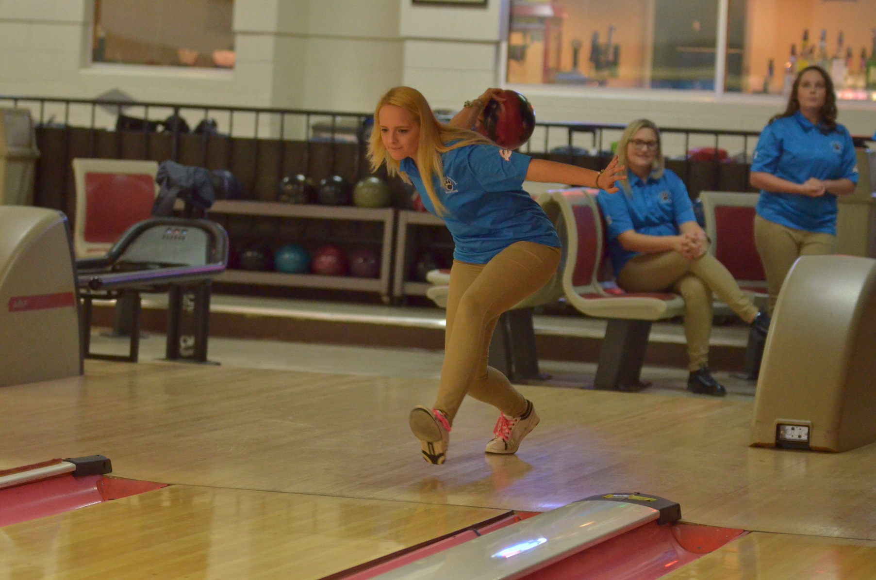 Bowling Travels to New Jersey for AMCC Round Robin