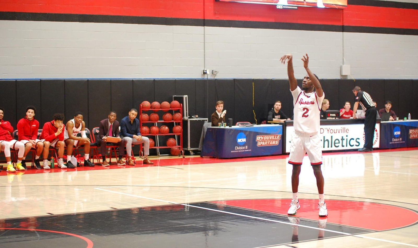 Men Go Toe-to-Toe With First Place Redhawks in Loss