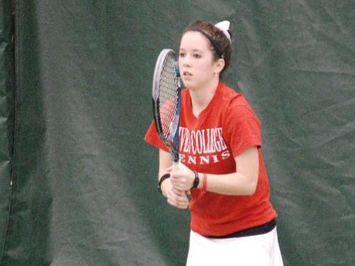Women's tennis team loses to Adrian, 8-1