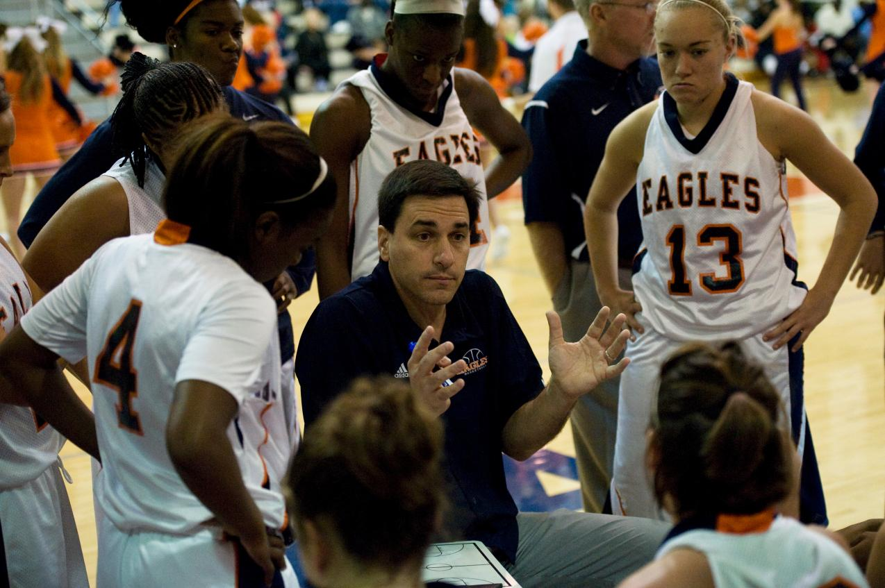 Lady Eagles fall at No. 2 Delta State