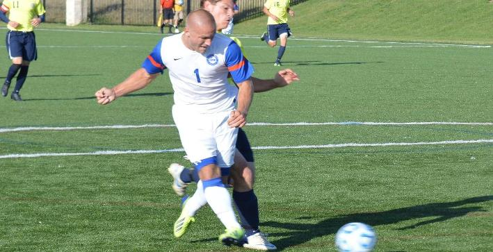 Van Dusseldorp scores twice as Men's Soccer defeats MBBC