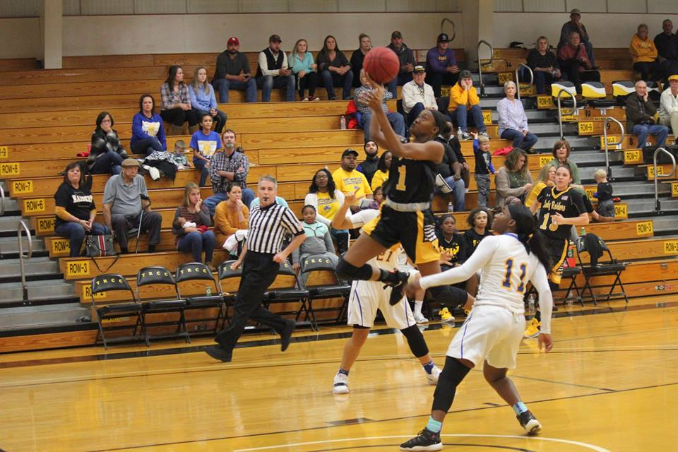 Buzzer beater tops Lady Raiders in double OT