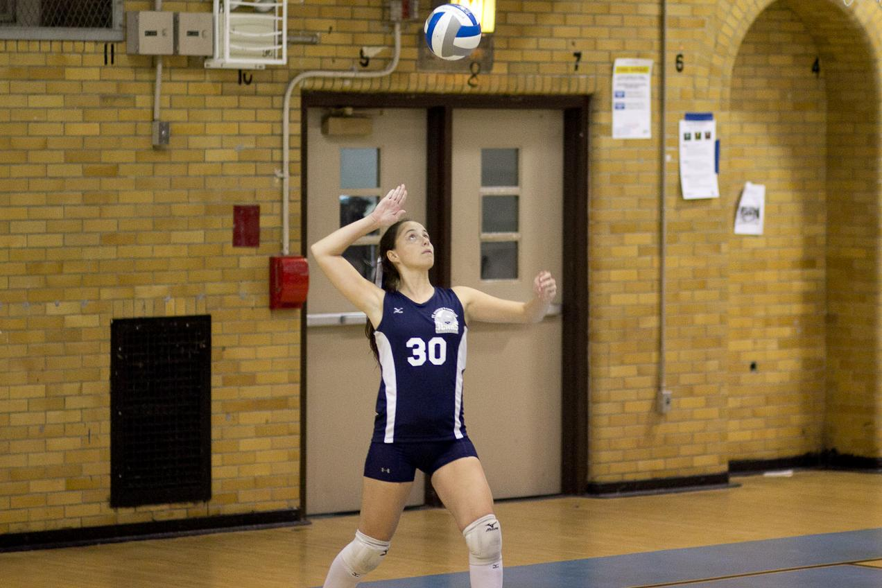 Women's Volleyball Falls in Four Sets to York