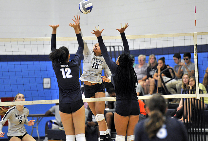 Wesley finishes 4-0 at CUA Guetle Invitational with wins over William Peace, Ursinus