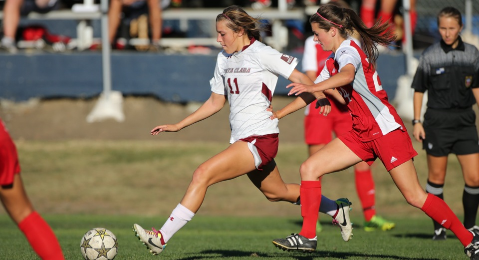 Women's Soccer Blasts Saint Mary's 4-0 on the Road Behind Huge First Half
