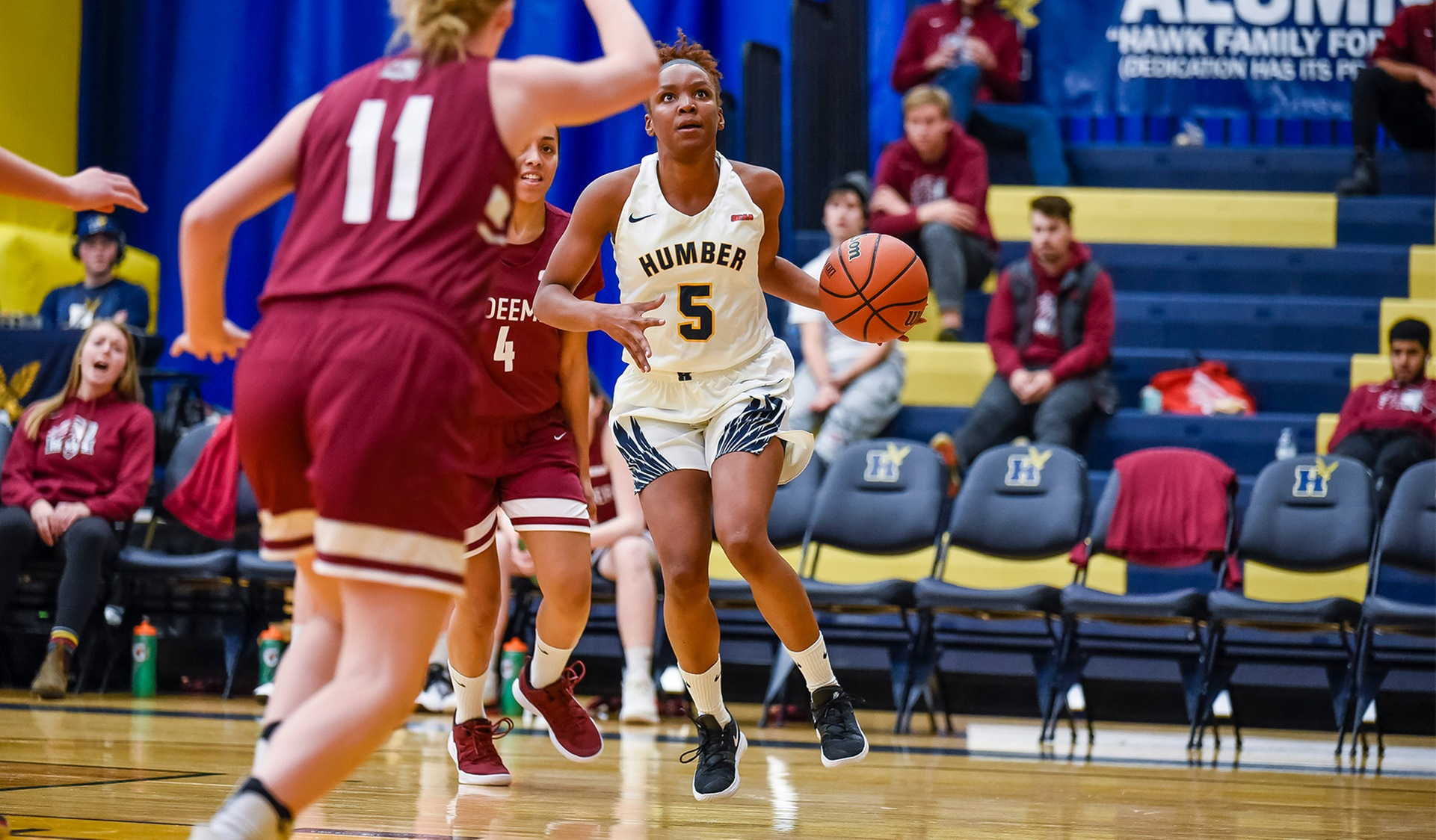 No. 11 WOMEN'S BASKETBALL EXTENDS STREAK TO SEVEN WITH WIN OVER REDEEMER