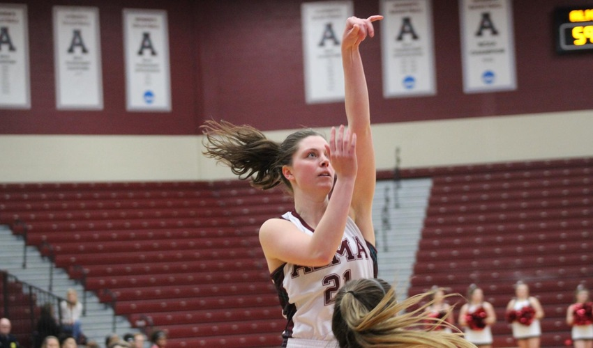 Women's Basketball Earns Road Victory Against Calvin