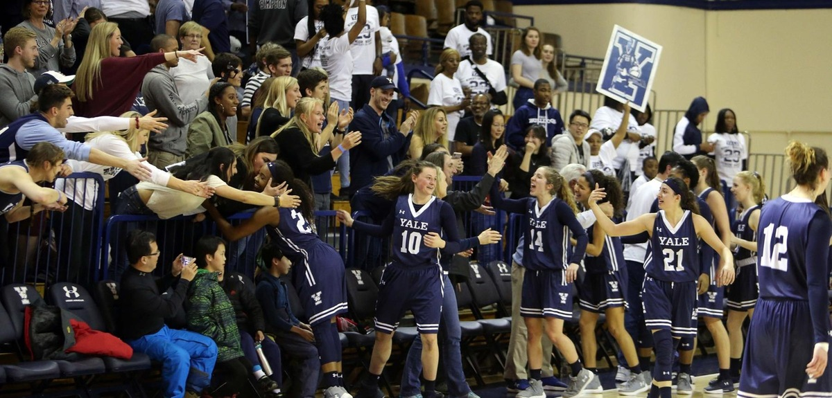 Yale celebrates the win. (photo by Sam Rubin '95, Yale Sports Publicity)