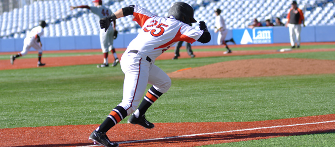Baseball unable to bounce back from early deficits