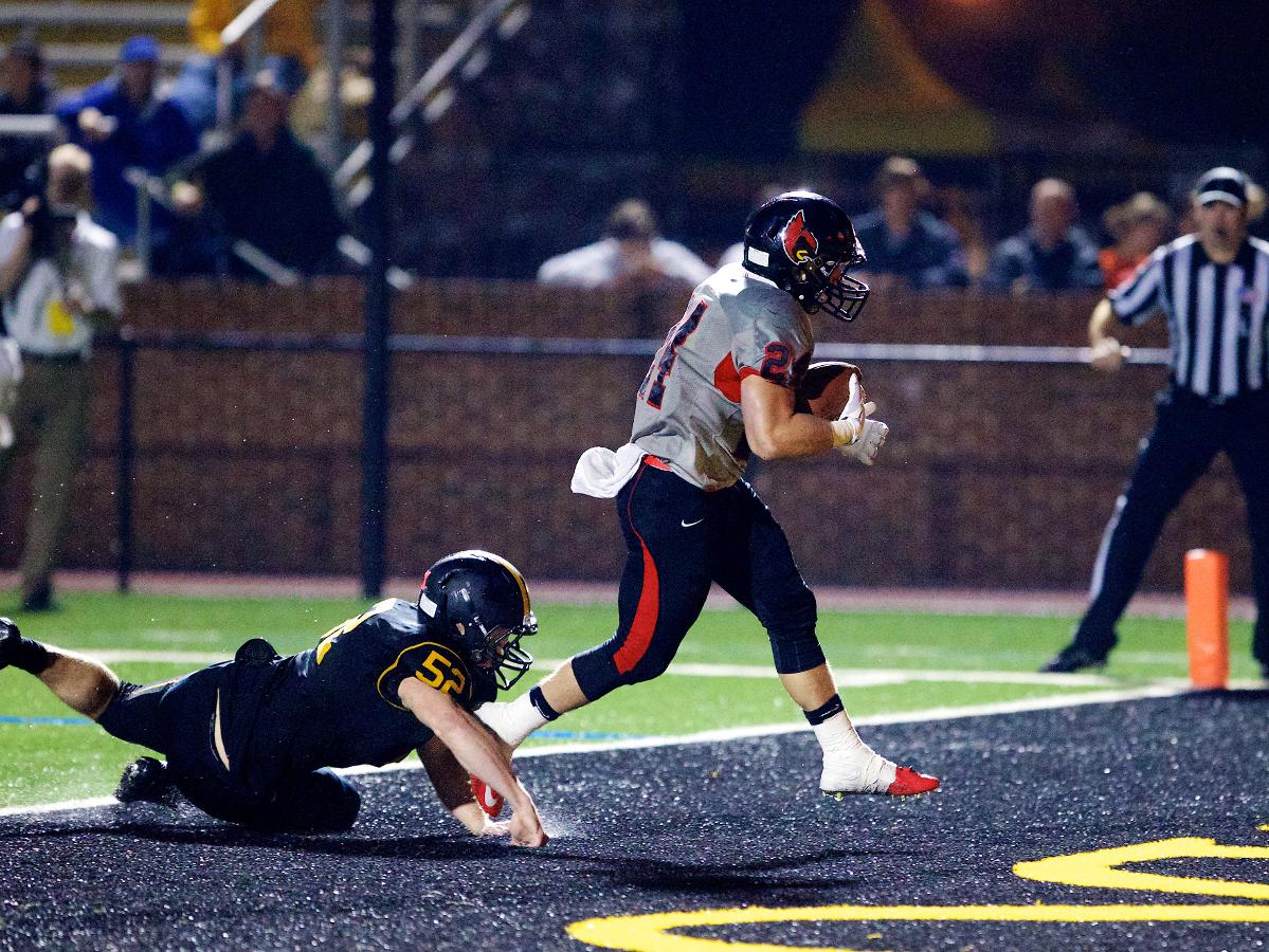 Three Cardinals Score Touchdowns in Second ODAC Loss