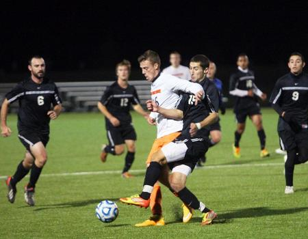 Second Half Goals by Lorenzo and Sabol lift Men's Soccer past Heidelberg