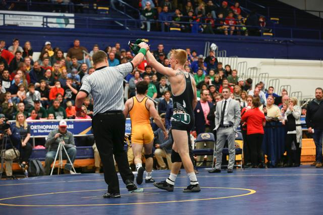 Vikings Drop Matches at Thanksgiving Throwdown