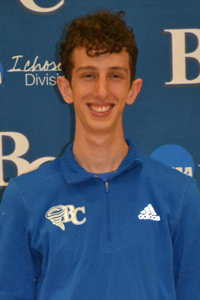 Cross Country: Micah Voelzow