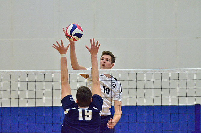 Men's Volleyball Takes Thiel in Five; Falls to Penn State Altoona