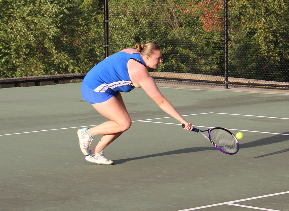 Konicki Clinches Dramatic 5-4 Win for Tennis