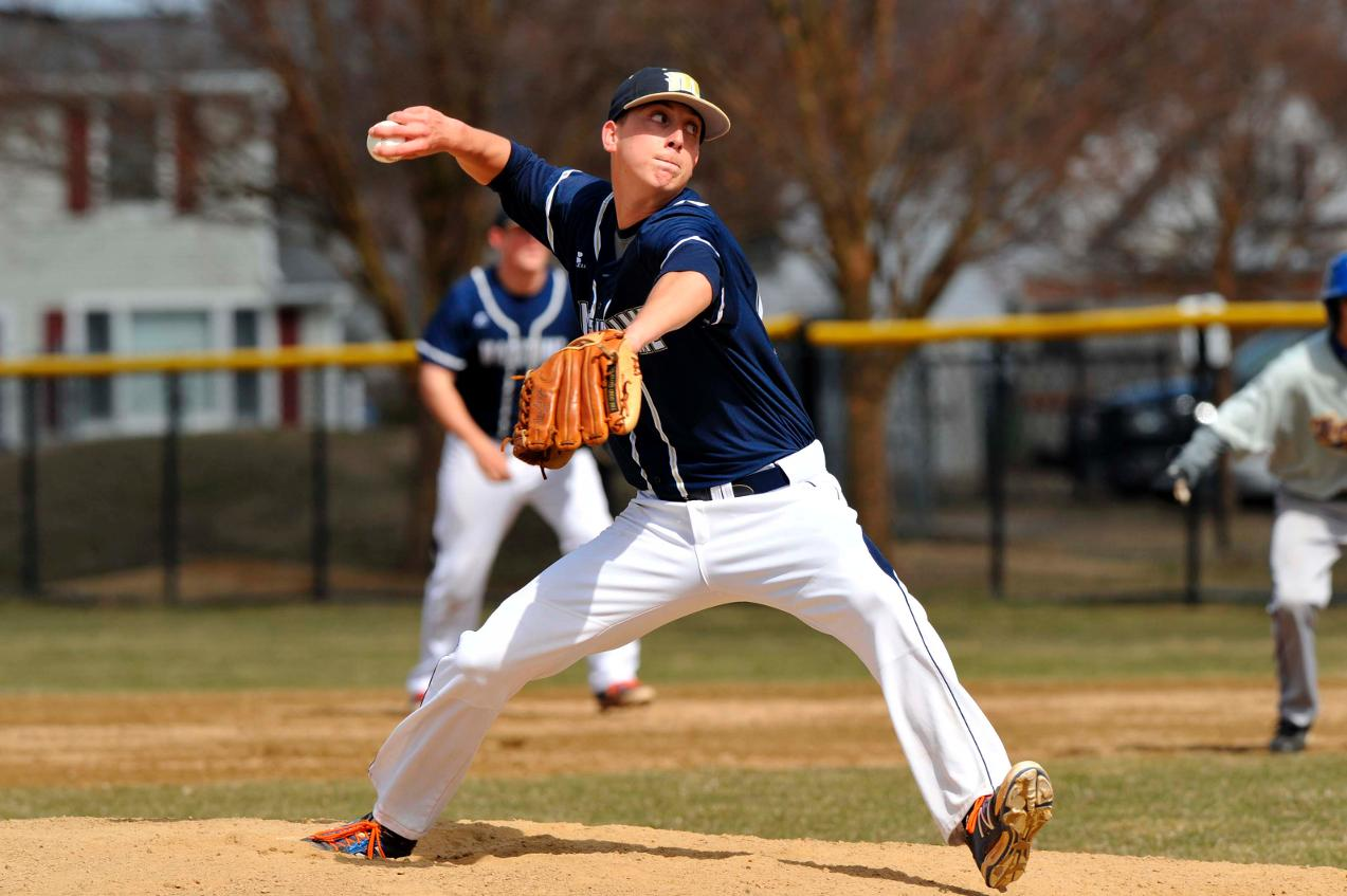 Sullo Hits For Near Cycle As Baseball Gains Split Of MASCAC Twinbill At Worcester State With 5-2 Nightcap Victory