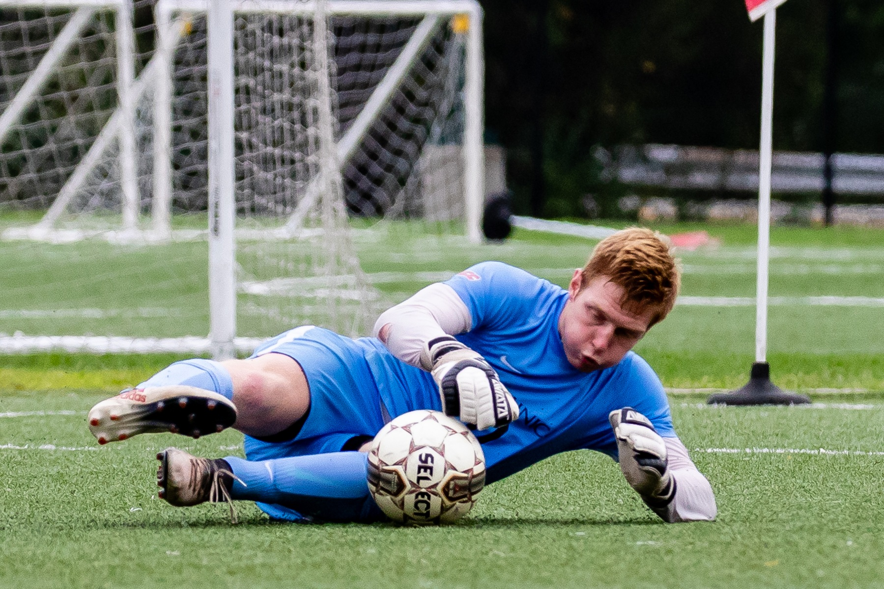 COUGARS EDGE MEN'S SOCCER IN OVERTIME