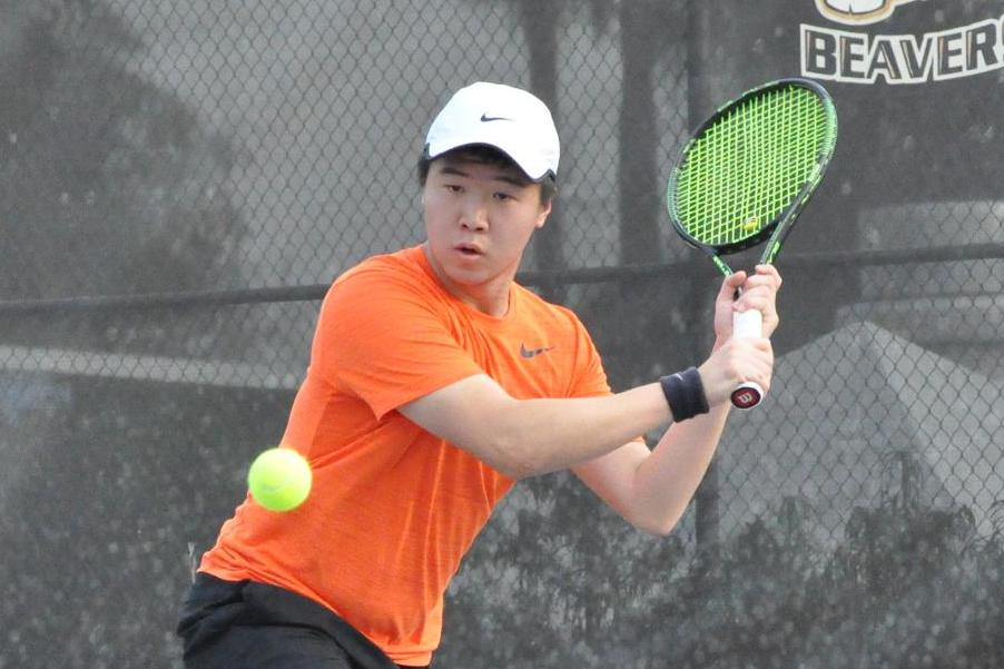 Usual Suspects Lead Men's Tennis to Third Straight Win