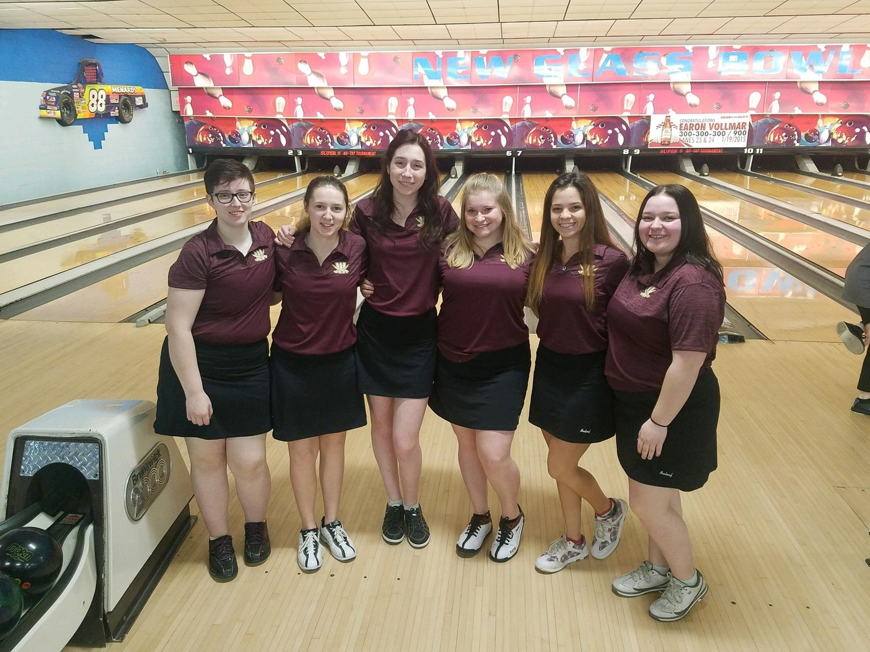Women's Bowling Places in Top 10 At Toledo Classic
