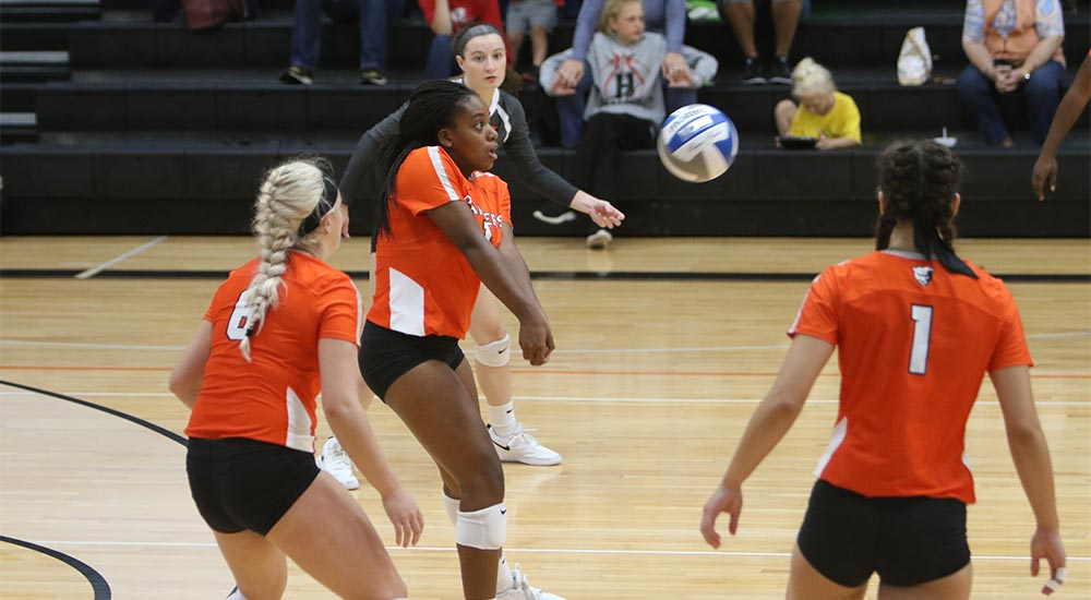 Women's volleyball topped at Washington-St. Louis