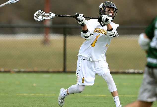 Tribunes hold on, wrap regular season with win