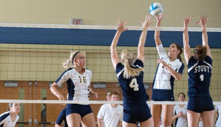 Volleyball Splits Against Minnesota Opponents