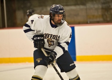 Hockey Upended by Nichols, 5-1, in Season Finale