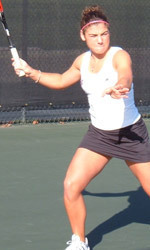 Women's Tennis Loses to No. 42 Arizona