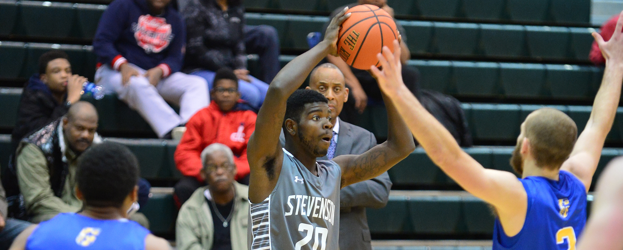 Men's Basketball Looks to Bounce Back Against Alvernia