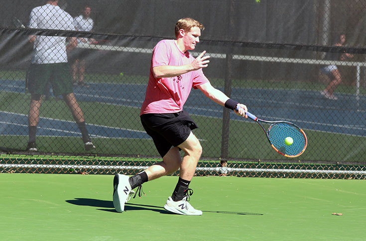 Men's Tennis: Panthers take West Division leader Covenant down to the wire