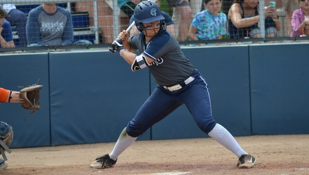 Clutch Hitting Propels Spartans to 3-2 Win Over #17 Hope in NCAA Super Regionals