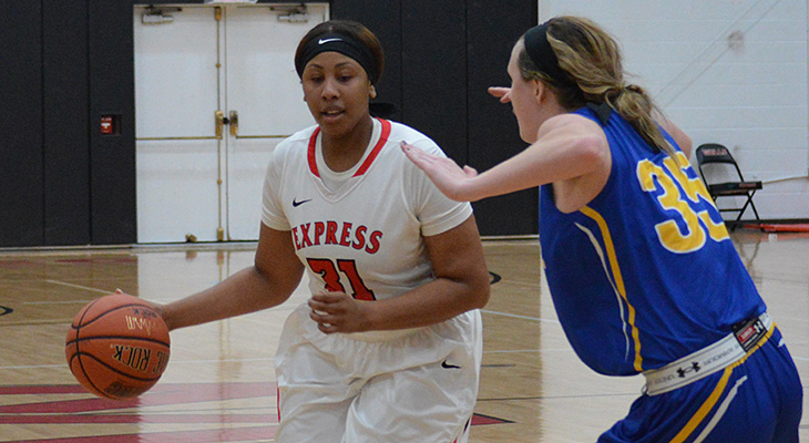 Strong Effort For Women's Basketball At Cortland