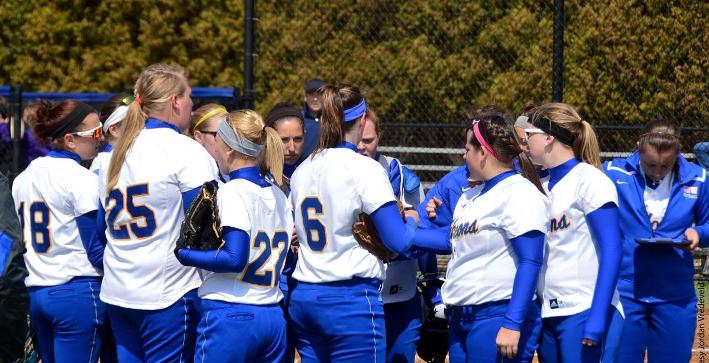 Softball drops two on final day of Florida trip