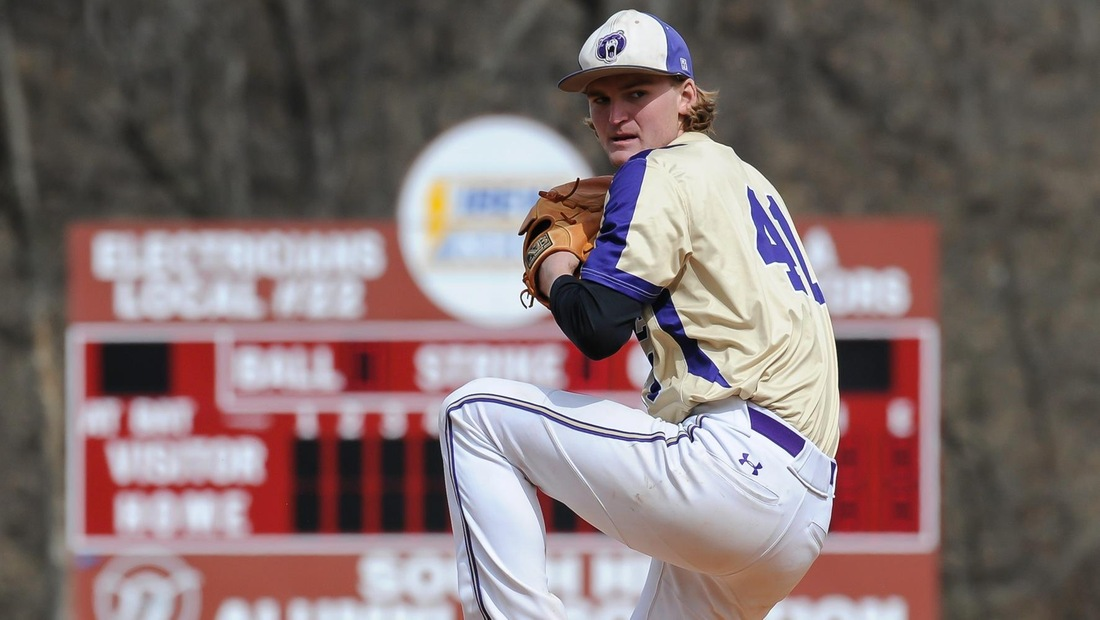 Stephen Knapp improved his mark to 4-1 with six innings of four-hit ball in game two