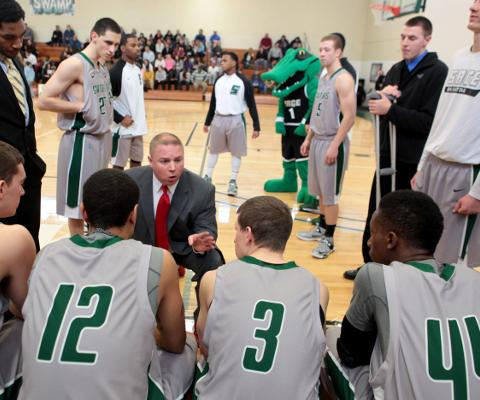Dean's double-double propels Sage over Albany Pharmacy, 87-60