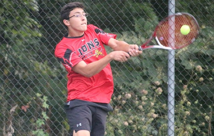 Men's Tennis Downed by NCAA Division II Bentley 7-2