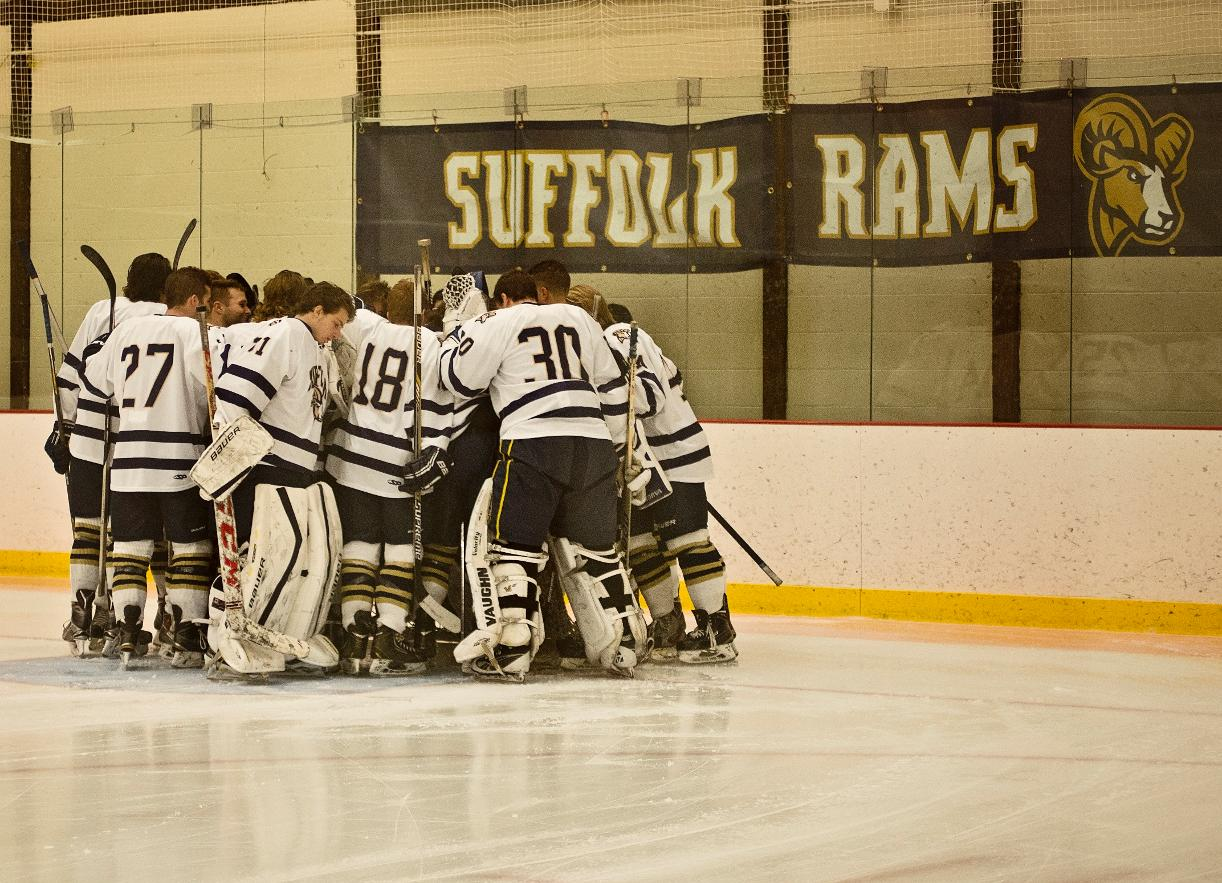 Saturday Showdown with Endicott Ahead for Men's Hockey