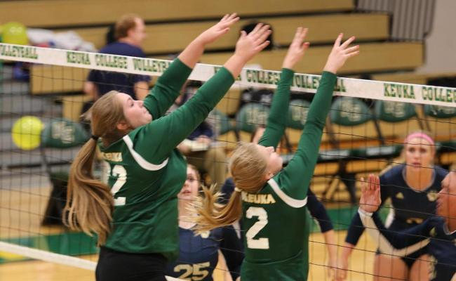 Women's Volleyball Goes 0-2 at Houghton