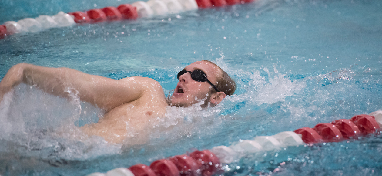 Men's Swimming and Diving Competes at MIT