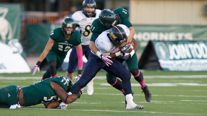 FOOTBALL SEES LEAD SLIP AWAY IN 39-38 LOSS TO No. 19 NORTHERN ARIZONA