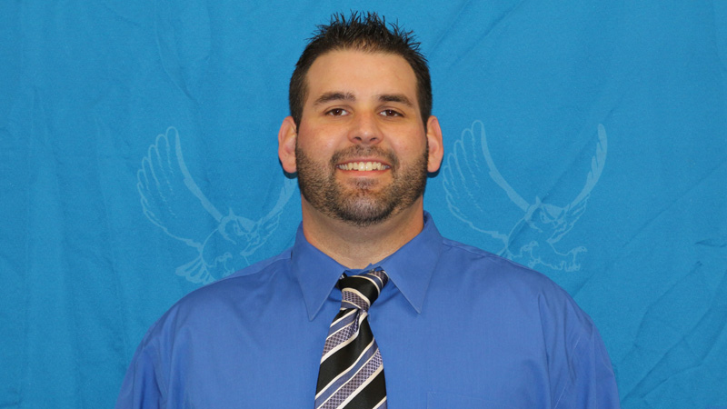Tanner Farwell has been named the new Offensive Coordinator for the Citrus College Football program.