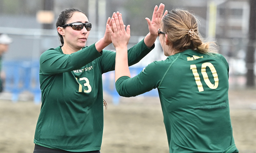 BEACH VOLLEYBALL BEATS PACIFIC, 4-1, IN HOME FINALE