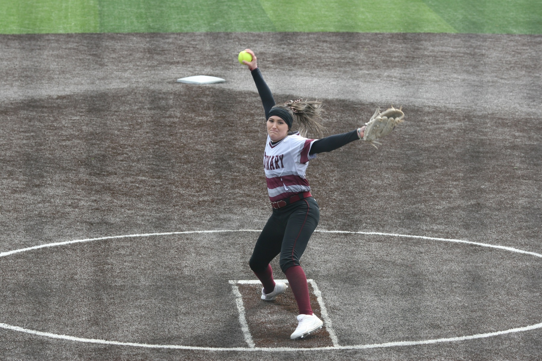 Softball Earns Split with Oneonta Monday Afternoon in Marshall