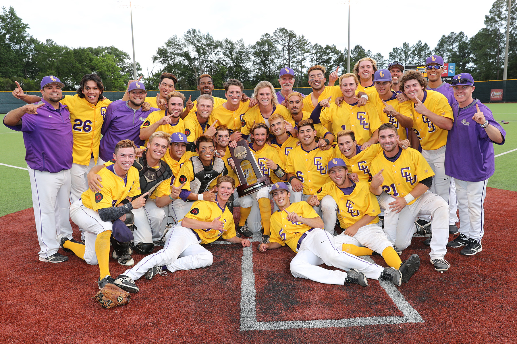 Cal Lutheran Advances to Division III Baseball World Series