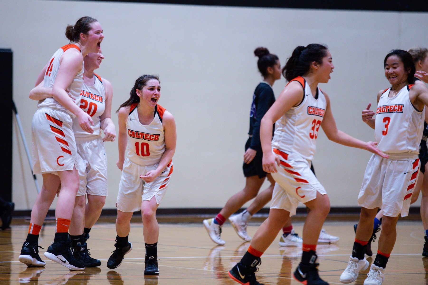 Women's Basketball Wins Fourth Straight, First Over Whittier Since 06-07